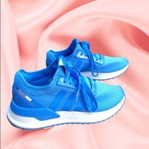 Sky blue Adidas! 🦋☁️